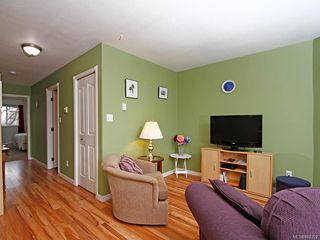 Photo 5: 305 1900 BOWEN Rd in : Na Central Nanaimo Condo for sale (Nanaimo)  : MLS®# 860322