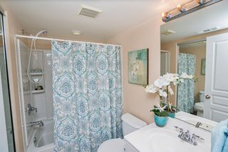 Photo 13: Townhome for sale : 3 bedrooms : 825 Harbor Cliff Way #269 in Oceanside