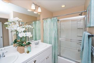 Photo 15: Townhome for sale : 3 bedrooms : 825 Harbor Cliff Way #269 in Oceanside