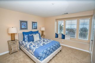 Photo 11: Townhome for sale : 3 bedrooms : 825 Harbor Cliff Way #269 in Oceanside
