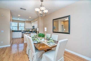 Photo 10: Townhome for sale : 3 bedrooms : 825 Harbor Cliff Way #269 in Oceanside