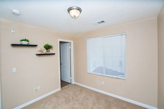 Photo 17: Townhome for sale : 3 bedrooms : 825 Harbor Cliff Way #269 in Oceanside