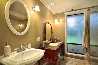 Photo 9: 865 51A Street in Tsawwassen: Tsawwassen Central House for sale : MLS®# V869757