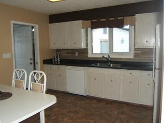 Photo 4: 144 ALLENBY Crescent in WINNIPEG: Transcona Residential for sale (North East Winnipeg)  : MLS®# 1106309