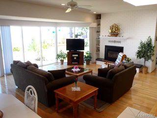 Photo 6: 1053 Eaglecrest Dr in QUALICUM BEACH: PQ Qualicum Beach House for sale (Parksville/Qualicum)  : MLS®# 572391