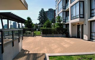 """Photo 16: 1906 7328 ARCOLA Street in Burnaby: Highgate Condo for sale in """"ESPRIT"""" (Burnaby South)  : MLS®# V901926"""