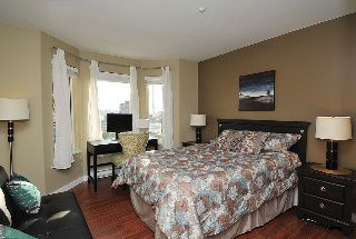 "Photo 5: 402 111 W 5TH Street in North Vancouver: Lower Lonsdale Condo for sale in ""CARMEL PLACE II"" : MLS®# V913153"