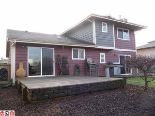 "Photo 2: 19685 51ST AV in Langley: Langley City House for sale in ""EAGLE HEIGHTS"" : MLS®# F1129130"