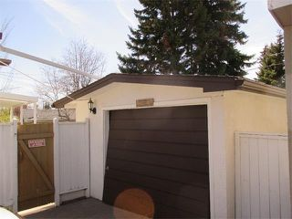 Photo 23: 2739 LIONEL Crescent SW in Calgary: Lakeview House for sale : MLS®# C4008938