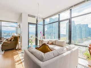 "Photo 6: 901 1863 ALBERNI Street in Vancouver: West End VW Condo for sale in ""LUMIERE"" (Vancouver West)  : MLS®# V1120284"