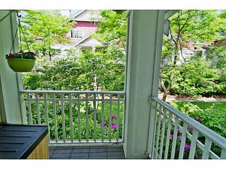 "Photo 10: 25 123 SEVENTH Street in New Westminster: Uptown NW Townhouse for sale in ""Royal City Terrace"" : MLS®# V1124217"
