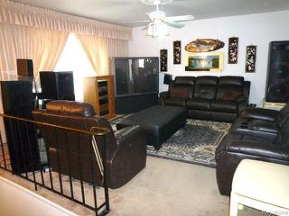 Photo 2: 164 MANILA Road in WINNIPEG: Maples / Tyndall Park Residential for sale (North West Winnipeg)  : MLS®# 1518851