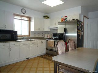 Photo 7: 164 MANILA Road in WINNIPEG: Maples / Tyndall Park Residential for sale (North West Winnipeg)  : MLS®# 1518851