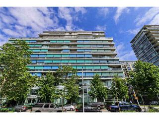 "Photo 1: 512 181 W 1ST Avenue in Vancouver: False Creek Condo for sale in ""BROOK-THE VILLAGE ON FALSE CREEK"" (Vancouver West)  : MLS®# V1134606"