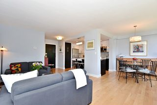"Photo 4: 402 1616 W 13TH Avenue in Vancouver: Fairview VW Condo for sale in ""GRANVILLE GARDENS"" (Vancouver West)  : MLS®# R2058683"
