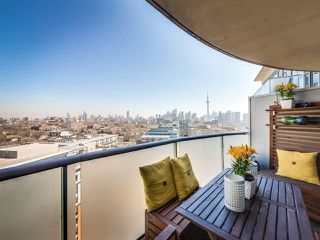 Photo 8: Lower Penthouse Stunner!