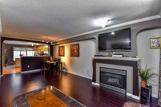 "Photo 4: 57 12778 66 Avenue in Surrey: West Newton Townhouse for sale in ""West Newton"" : MLS®# R2061926"