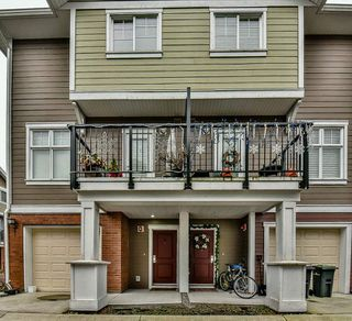 "Photo 1: 3 1135 EWEN Avenue in New Westminster: Queensborough Townhouse for sale in ""ENGLISH MEWS"" : MLS®# R2133366"