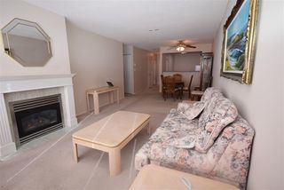 "Photo 11: 902 12148 224 Street in Maple Ridge: East Central Condo for sale in ""ECRA PANORAMA"" : MLS®# R2135119"