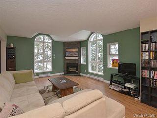 Photo 3: 307 3008 Washington Avenue in VICTORIA: Vi Burnside Condo Apartment for sale (Victoria)  : MLS®# 374086