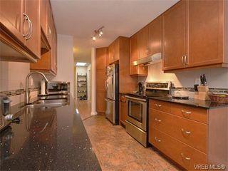 Photo 7: 307 3008 Washington Avenue in VICTORIA: Vi Burnside Condo Apartment for sale (Victoria)  : MLS®# 374086