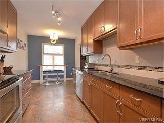 Photo 6: 307 3008 Washington Avenue in VICTORIA: Vi Burnside Condo Apartment for sale (Victoria)  : MLS®# 374086