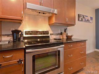 Photo 8: 307 3008 Washington Avenue in VICTORIA: Vi Burnside Condo Apartment for sale (Victoria)  : MLS®# 374086