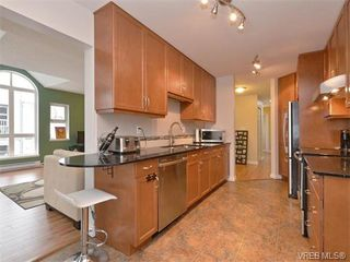 Photo 5: 307 3008 Washington Avenue in VICTORIA: Vi Burnside Condo Apartment for sale (Victoria)  : MLS®# 374086