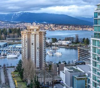 "Photo 14: 2208 1723 ALBERNI Street in Vancouver: West End VW Condo for sale in ""THE PARK"" (Vancouver West)  : MLS®# R2139408"