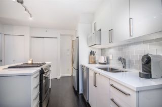 "Photo 8: 2208 1723 ALBERNI Street in Vancouver: West End VW Condo for sale in ""THE PARK"" (Vancouver West)  : MLS®# R2139408"