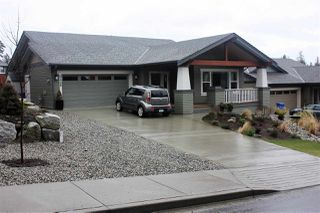 Photo 2: 5448 MCCOURT Road in Sechelt: Sechelt District House for sale (Sunshine Coast)  : MLS®# R2139495