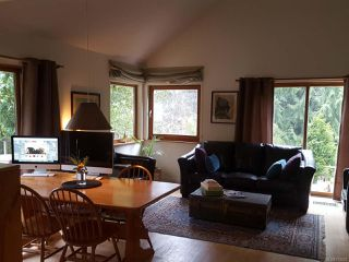 Photo 2: 2420 Nanoose Rd in NANOOSE BAY: PQ Nanoose House for sale (Parksville/Qualicum)  : MLS®# 753222