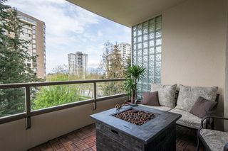 "Photo 16: 506 5885 OLIVE Avenue in Burnaby: Metrotown Condo for sale in ""METROPOLITAN"" (Burnaby South)  : MLS®# R2167296"