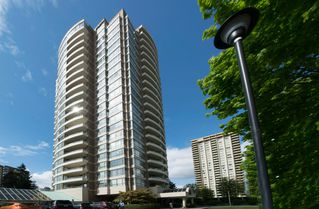 "Photo 2: 506 5885 OLIVE Avenue in Burnaby: Metrotown Condo for sale in ""METROPOLITAN"" (Burnaby South)  : MLS®# R2167296"