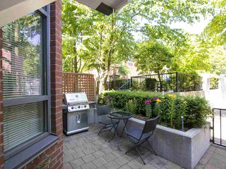 "Photo 2: 854 W 6TH Avenue in Vancouver: Fairview VW Townhouse for sale in ""BOXWOOD GREEN"" (Vancouver West)  : MLS®# R2184606"