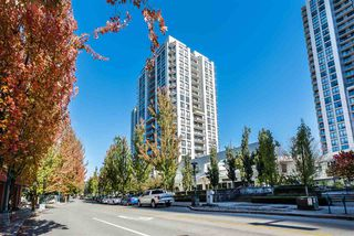 "Photo 2: 607 1185 THE HIGH Street in Coquitlam: North Coquitlam Condo for sale in ""THE CLAREMONT"" : MLS®# R2214751"