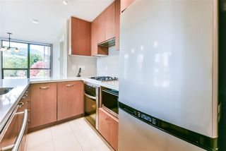 "Photo 3: 607 1185 THE HIGH Street in Coquitlam: North Coquitlam Condo for sale in ""THE CLAREMONT"" : MLS®# R2214751"