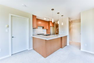 "Photo 5: 607 1185 THE HIGH Street in Coquitlam: North Coquitlam Condo for sale in ""THE CLAREMONT"" : MLS®# R2214751"