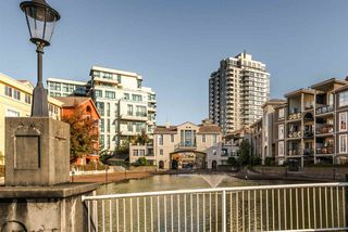 "Photo 13: 1306 1 RENAISSANCE Square in New Westminster: Quay Condo for sale in ""THE Q"" : MLS®# R2215317"
