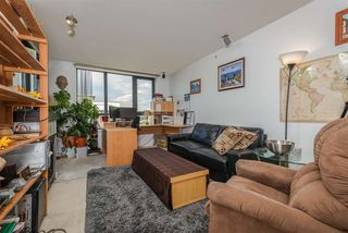 "Photo 5: 1306 1 RENAISSANCE Square in New Westminster: Quay Condo for sale in ""THE Q"" : MLS®# R2215317"
