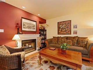 Photo 3: 6 356 Simcoe Street in VICTORIA: Vi James Bay Townhouse for sale (Victoria)  : MLS®# 384457