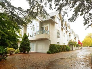 Photo 1: 6 356 Simcoe St in VICTORIA: Vi James Bay Row/Townhouse for sale (Victoria)  : MLS®# 772774