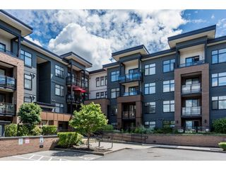 "Photo 2: 210 20068 FRASER Highway in Langley: Langley City Condo for sale in ""Varsity"" : MLS®# R2227629"