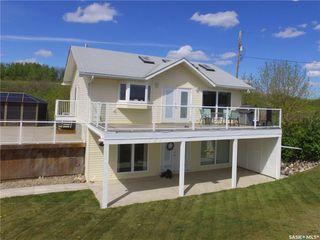 Photo 1: 703 Willow Avenue in Saskatchewan Beach: Residential for sale : MLS®# SK714686