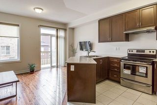 Photo 6: 28 Ivor Crescent in Brampton: Northwest Brampton House (2-Storey) for lease : MLS®# W4030111