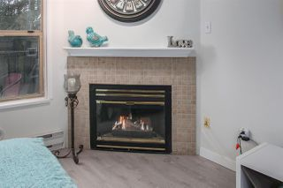 "Photo 4: 402 1591 BOOTH Avenue in Coquitlam: Maillardville Condo for sale in ""Le Laurentien"" : MLS®# R2245696"