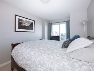 """Photo 13: 174 18701 66 Avenue in Surrey: Cloverdale BC Townhouse for sale in """"Encore"""" (Cloverdale)  : MLS®# R2248074"""