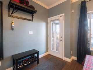 """Photo 9: 174 18701 66 Avenue in Surrey: Cloverdale BC Townhouse for sale in """"Encore"""" (Cloverdale)  : MLS®# R2248074"""