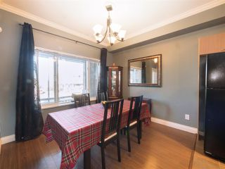 """Photo 3: 174 18701 66 Avenue in Surrey: Cloverdale BC Townhouse for sale in """"Encore"""" (Cloverdale)  : MLS®# R2248074"""