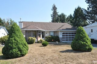 Photo 1: 12282 193 Street in Pitt Meadows: Mid Meadows House for sale : MLS®# R2302653